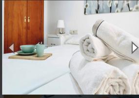 Calle Santisima Trinidad, Fuengirola, 1 Bedroom Bedrooms, ,1 BathroomBathrooms,Huoneisto,Vuokrataan,Calle Santisima Trinidad,1014