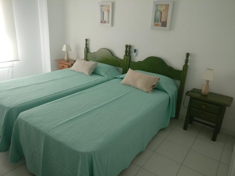 Los Boliches, Fuengirola, 2 Bedrooms Bedrooms, ,2 BathroomsBathrooms,Huoneisto,Vuokrataan,1025
