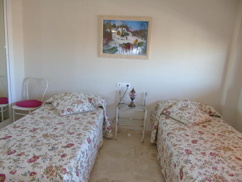Fuengirola, 1 Bedroom Bedrooms, ,1 BathroomBathrooms,Huoneisto,Vuokrataan,1035